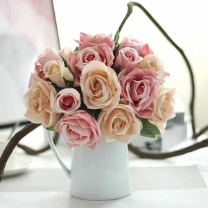 Silk artificial roses bouquet for centerpiece