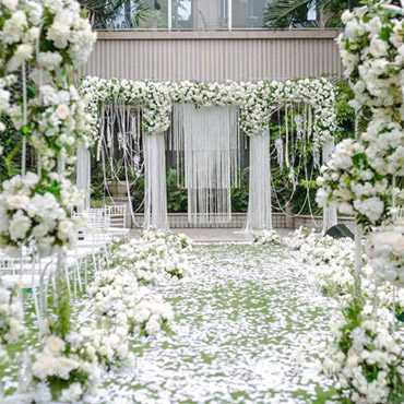Artificial flowers suitable for outdoor wedding ceremony decor,wedding hanging flowers decoration,spaces enough for decorating items you want to adorn life.